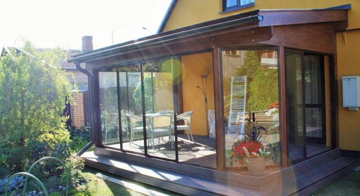 LEAN TO CONSERVATORY IV