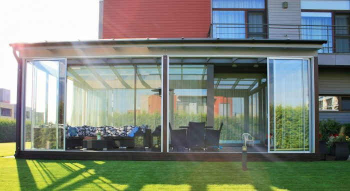 LEAN TO CONSERVATORY VI