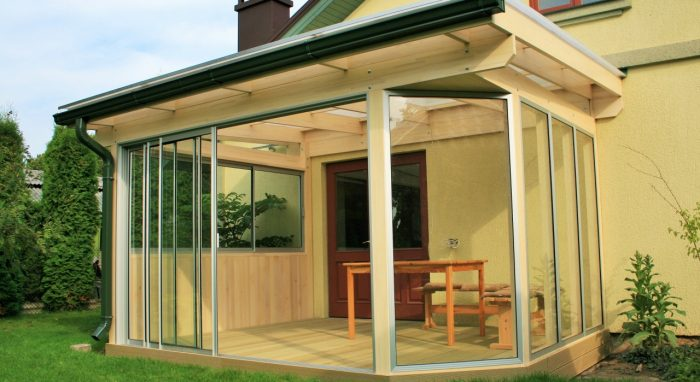 LEAN TO CONSERVATORY VII