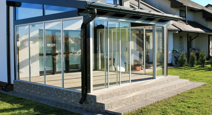 LEAN TO CONSERVATORY XI