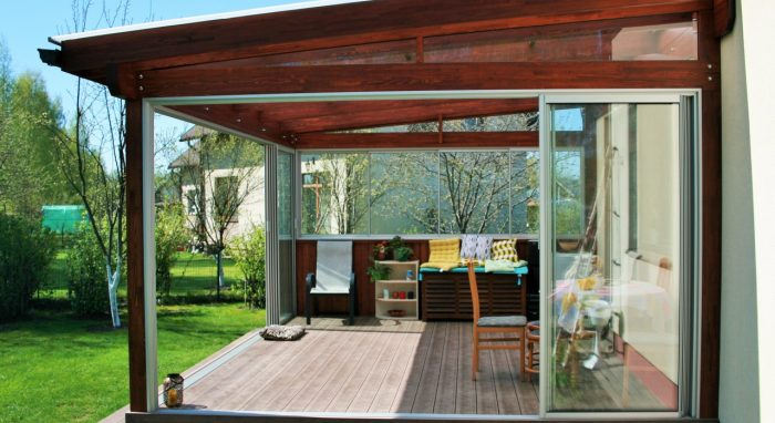 LEAN TO CONSERVATORY XIII