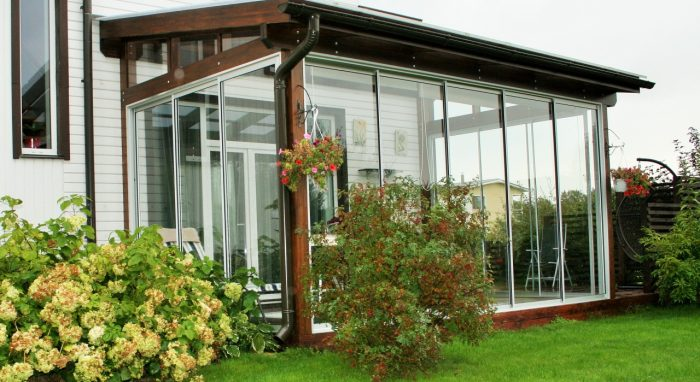 LEAN TO CONSERVATORY XVIII