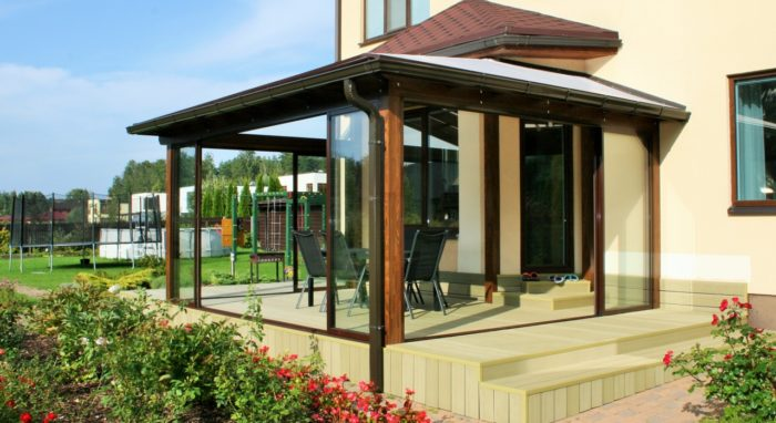 Sun room with decking for your privacy II